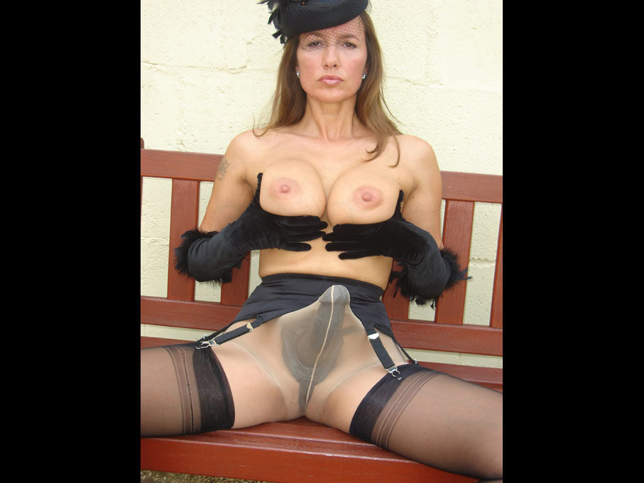 Have pantyhose strapon galleries